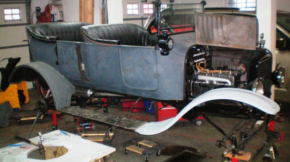 1919 Model T Ford - Barney in progress 001