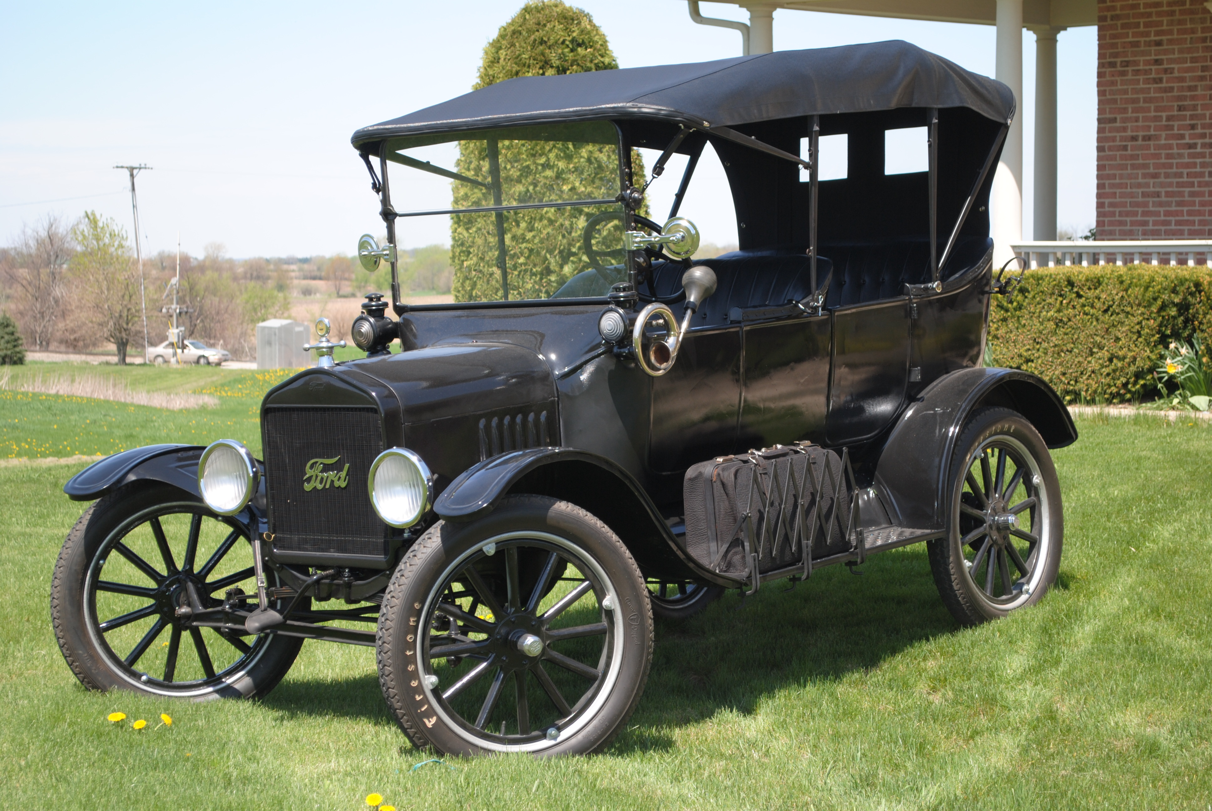 Model T Car: 1919 Ford Model T Touring