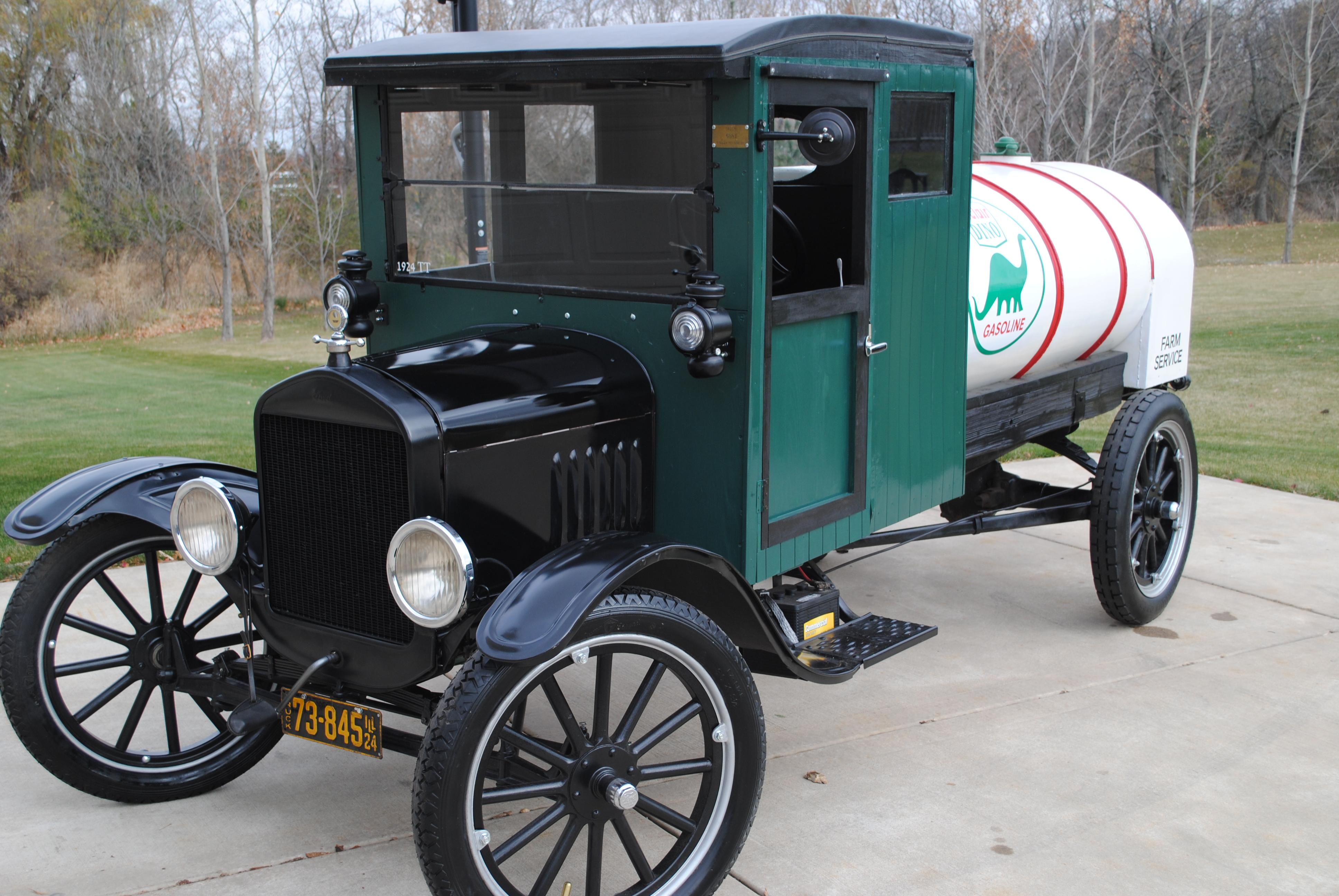 1924 ford model tt one ton tanker truck sold oldmotorsguy com. Black Bedroom Furniture Sets. Home Design Ideas