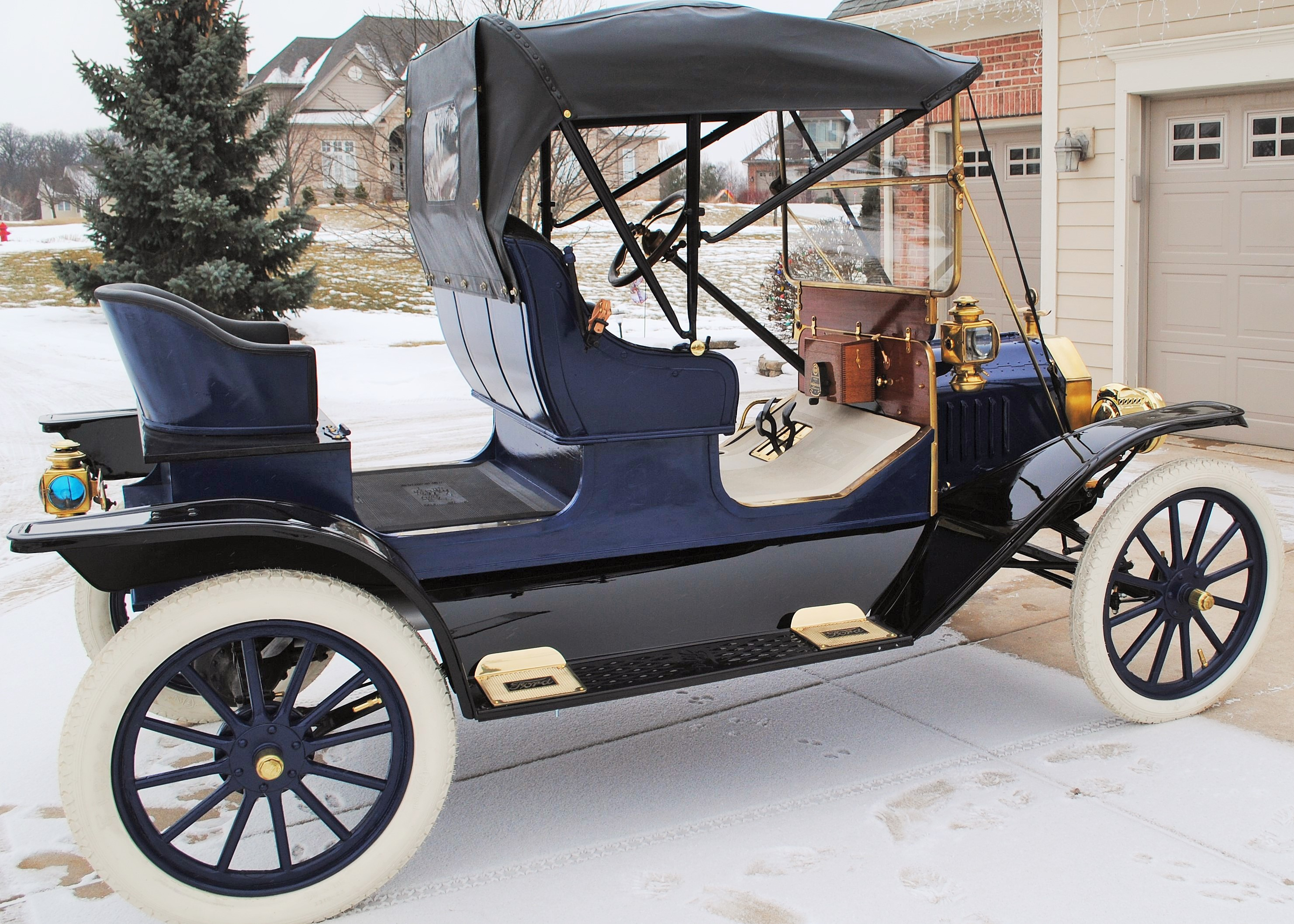 1911 Ford Model T 3 Passenger Runabout Sold